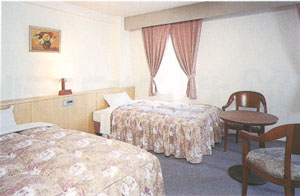 OYO 犬山ミヤコホテルの客室の写真