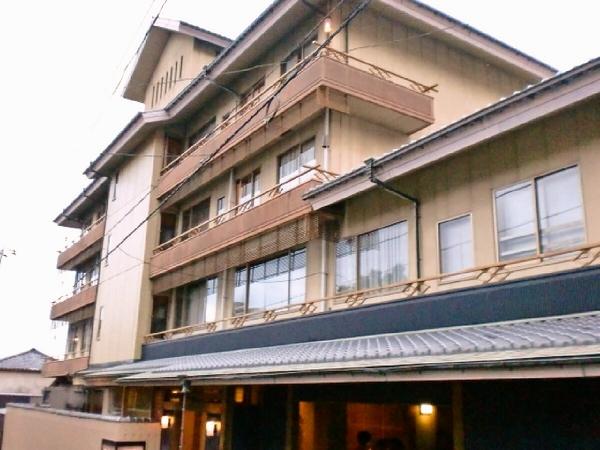 熱海温泉へ女子旅!4人部屋がある宿を教えて!