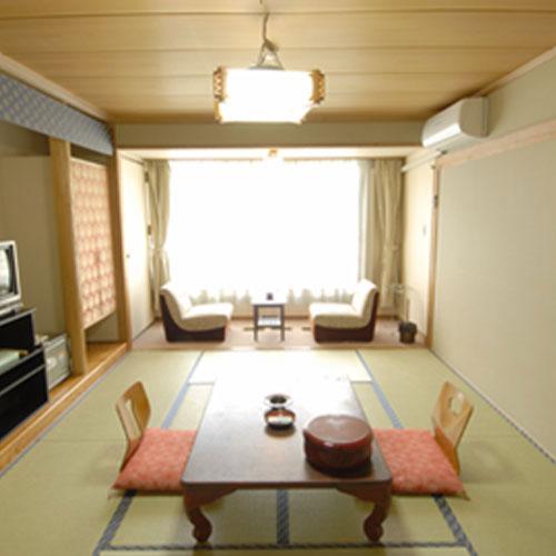 白樺湖レイクサイドホテル山幸閣の客室の写真