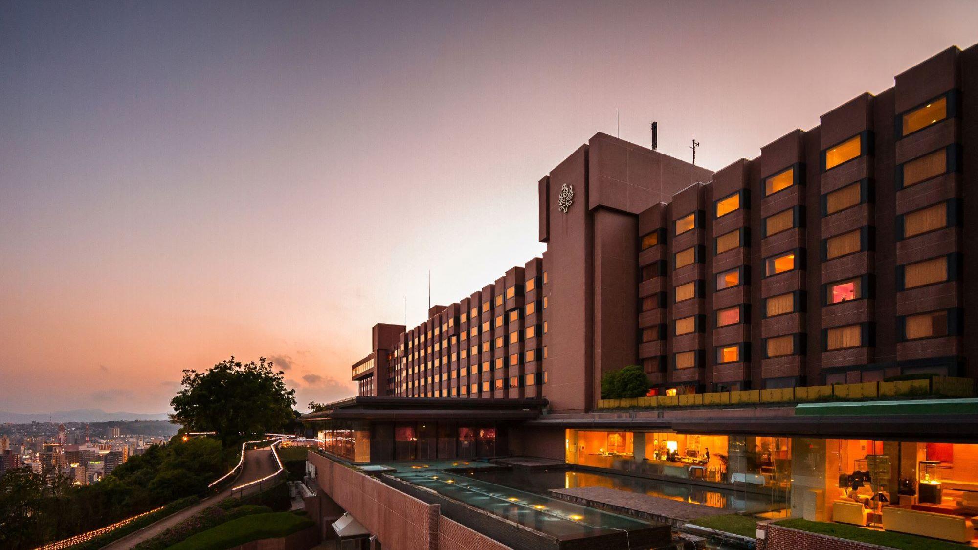 沖縄旅行・ツアー(航空券+ホテル)【楽天トラベル】城山観光ホテル