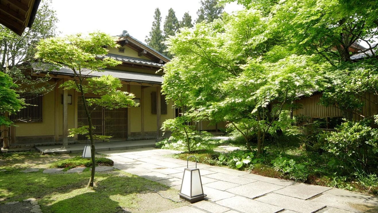 春が誕生日の娘と妻に温泉旅行をプレゼントします。子連れOKの月岡温泉の宿を教えて下さい!