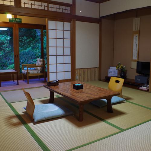 吉野温泉元湯の部屋画像