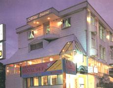 プチホテル ホワイトアベニューの外観