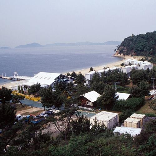 アモーレ テシマ リゾート<豊島>の外観