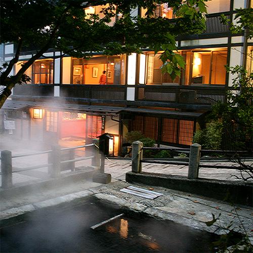 野沢温泉で郷土料理など地元グルメが味わえる宿ってありますか?
