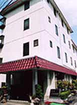 ビジネス旅館 古都富貴の外観