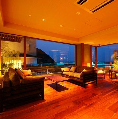 日和山温泉 ホテル 金波楼の部屋画像