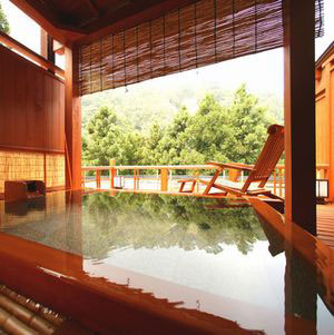 伊香保温泉 人気の露天風呂付客室と美味に和む宿 かのうや 画像