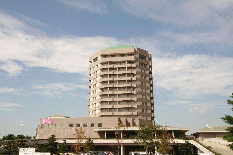 仙台ヒルズホテル(旧:仙台ジョイテルホテル)...