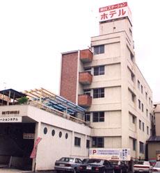 飯田ステーションホテルまつむらの外観