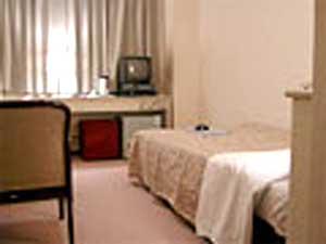 ビジネスホテル シャトルの客室の写真