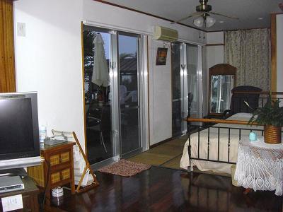 沖縄ホテル、旅館、海のそばペンション