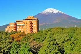 富士之堡華園ホテルの外観