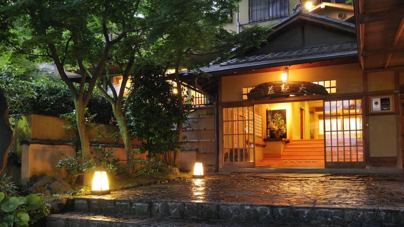 20代夫婦におすすめの熱海温泉の宿