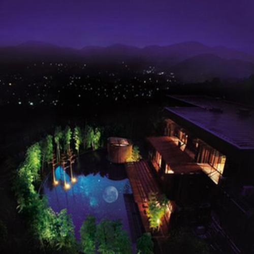 60代、シニアのカップルで仙石原温泉へ行きます。客室露天風呂付の温泉宿を教えて下さい。