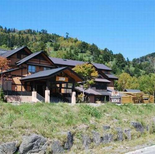 万座温泉で素泊まりで2万円以内で泊まれるお宿はありますか。