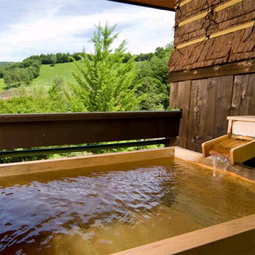 11種類の貸切露天風呂 水上高原/奥利根温泉 ホテルサンバード 画像