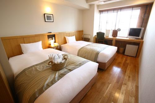 上野 サットンプレイスホテル