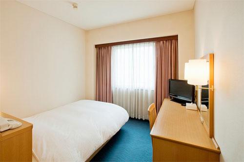 ホテルクラウンヒルズ甲府(旧:甲府ホテル/BBHホテルグループ)の客室の写真