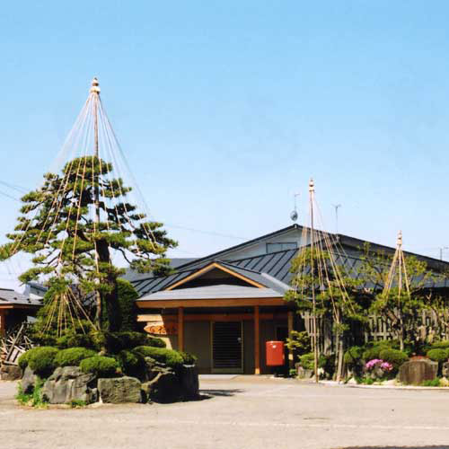 青森でお花見と日帰り温泉を楽しみたい!