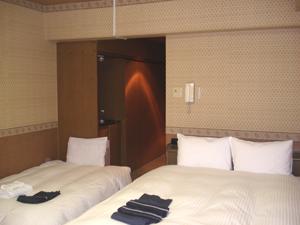 ★喫煙スタジオツイン★【3名利用】【Wベッド+簡易ベッド】