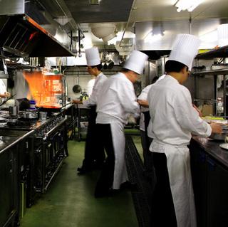 【グールマンディナー&ステイ】世界のグルメ食材と十勝の厳選素材を楽しむ贅沢な洋コース料理【美味旬旅】