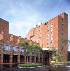 【早期割15/素泊り】美肌の湯・モール温泉でリラックス♪森に囲まれたホテルでリゾート気分