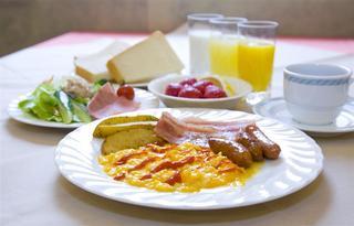 朝食改革宣言!健康には朝サラダ。 バイキング朝食付 シングル 得得プラン