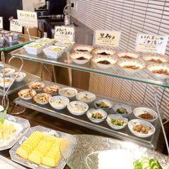 【2食付】お造り盛合わせ付!!「富山湾御膳」の夕食と富山のおふくろの味!朝食バイキング