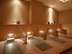 ★女性限定★頑張るあなたを応援!ビジネスウーマンに嬉しい癒しグッズ付★天然温泉大浴場&朝食無料♪