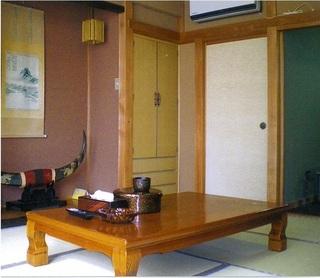 【坂田旅館 定番の1泊2食付プラン】(和室8〜12畳)