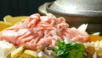 【鉱泉鍋】人気の温泉を使った鍋♪自然の旨味と甘み★