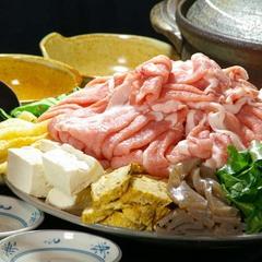 【鉱泉鍋】人気の温泉を使った鍋♪自然の旨味と甘み