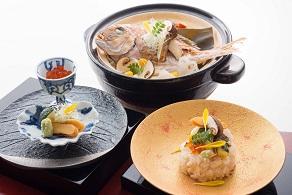 真鯛と松茸の土鍋炊き込みご飯