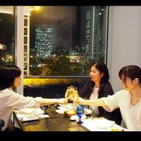 【感動夜景de女子会】 ホテルで優雅な女子会♪ サラダ&スイーツ&ワインブッフェ + 朝食付
