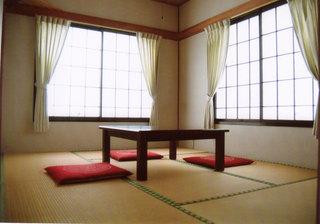 和室6畳(本館または別館)/和室別館4.5畳