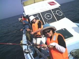 魚釣りを楽しまれませんか