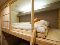 【早割30】シンプルステイ/シャワー・トイレ完備/JR奈良駅徒歩4分/6歳未満のお子様添寝OK