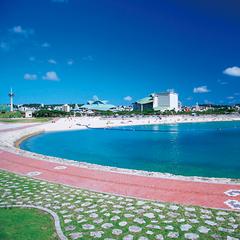 【4〜6月限定企画】プール開き!ひとあし早く夏を迎える沖縄へGO【朝食付】