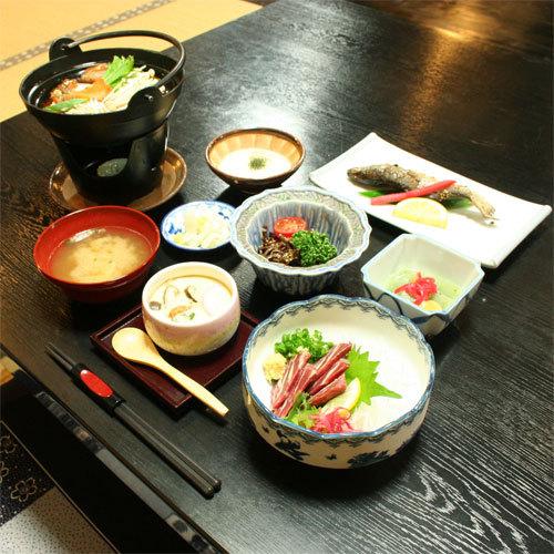 【お手軽】お料理少なめ!女性やシニアも残さず完食(¥8,640〜)