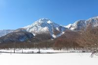 【上高地銀世界を歩こう!】冬の上高地スノーシュープラン