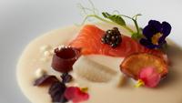 【春夏旅セール】夕食はジャパニーズフレンチコースを堪能◇大自然の中で過ごす華やかな時間【1泊2食付】