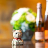 【アニバーサリー】記念日に特別なご滞在を〜シャンパン+ケーキ+バラのアレンジメント+ハッピーベア特典