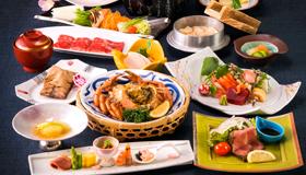 【お部屋食】毛蟹1杯付・全13品☆豪華和食膳『新雅』を堪能