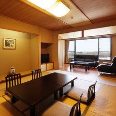 ●寛ぎの和室【東新館】2005年リニューアル12畳の標準客室