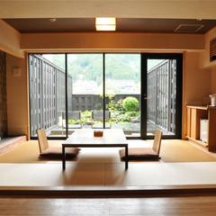 ●碌間【源泉掛け流し内風呂付きスイートルーム65平米】