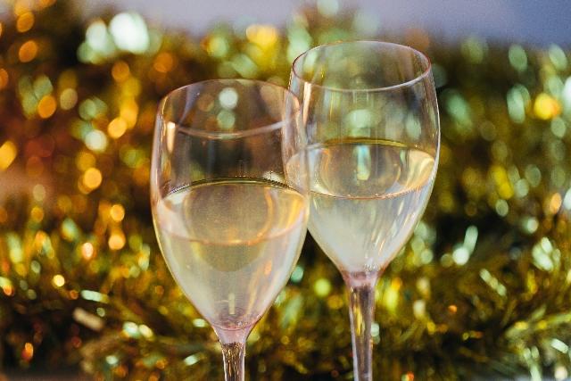 りんごのスパークリングワインで乾杯♪温泉でゆったり★記念日プラン(1泊2食付き)