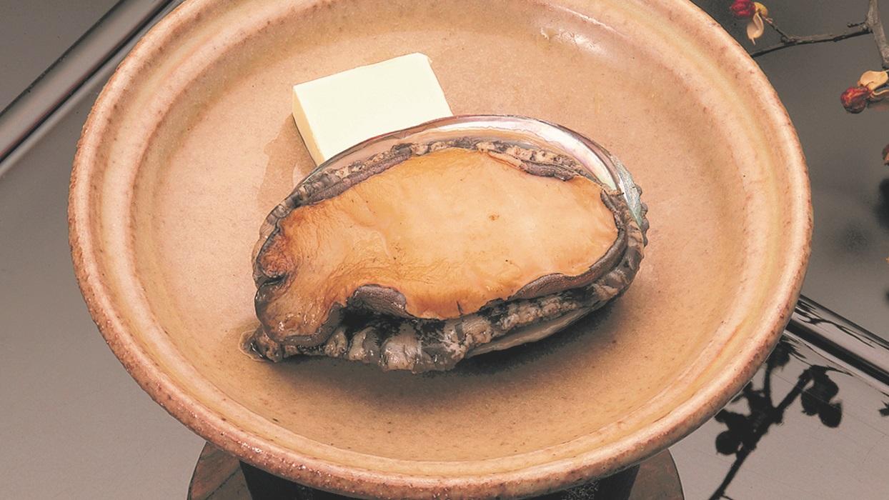 贅沢グルメプラン♪通常料理+鮑まるごと1個踊り焼き付き