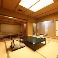 最上階和室12.5畳【温泉街側】