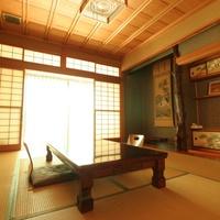 和室10畳_2F角部屋【無料駐車場・客室Wi-Fi完備】